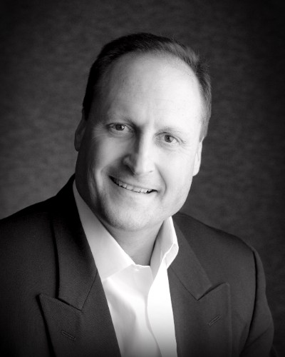 Hitachi Business Finance Adds Simshauser to Business Development Team